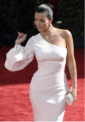 Kim Kardashian - Emmy Awards 2009