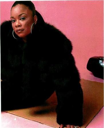 Roxanne_black_coat-363x448